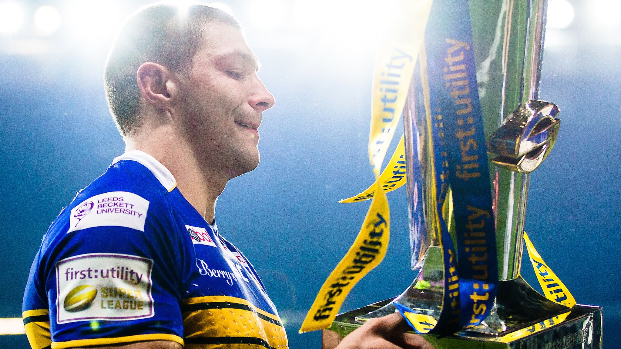 Ryan Hall: England and Leeds Rhinos winger out for the season with ACL injury