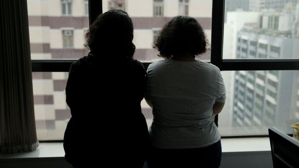 قالت الأختان أنهما أمضتا 6 أشهر في هونغ مونغ