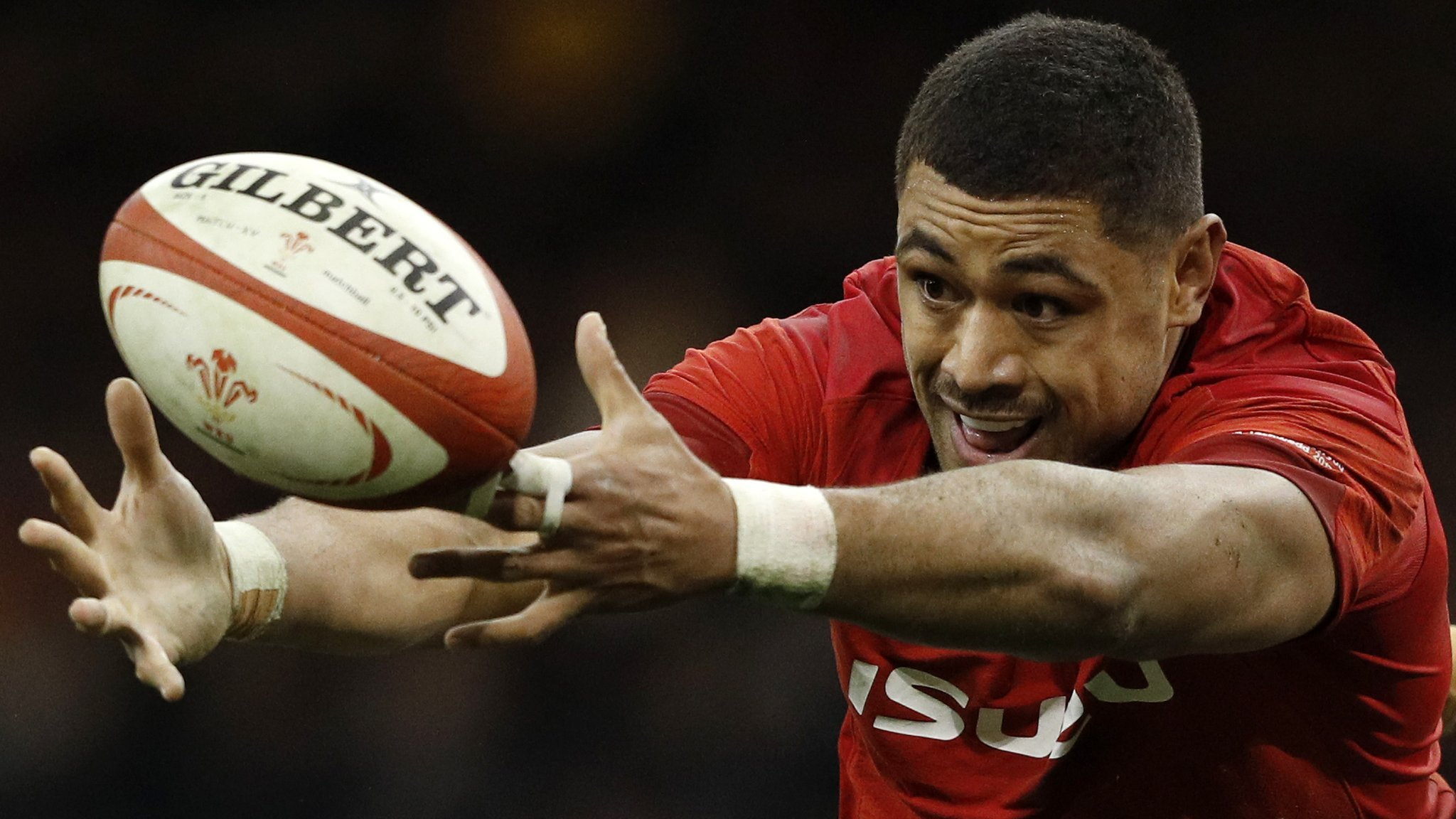 Wales' Faletau set to miss Six Nations with broken arm