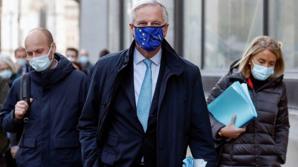 EU-UK talks: 'Make or break' moment approaching, say both sides thumbnail