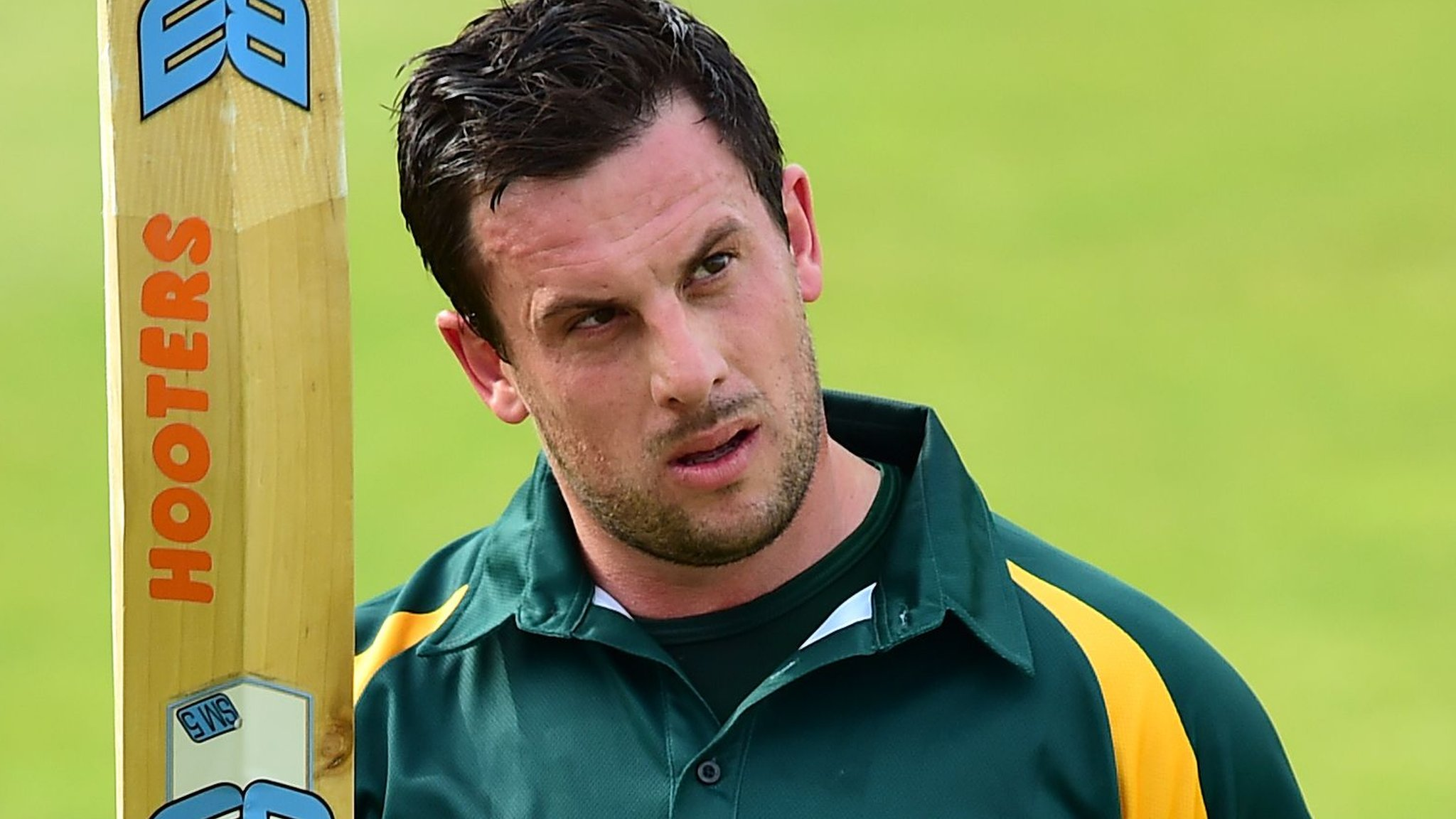 One-Day Cup: Notts Outlaws start defence with narrow win over Lancashire