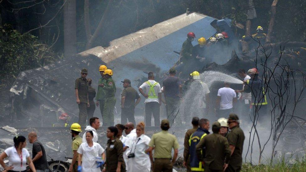 El personal de emergencia que acudió al lugar del accidente se encontró con escenas estremecedoras.