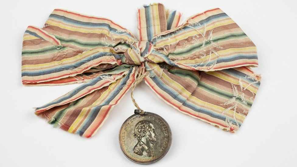 "Souvenir medal and ribbon for David Garrick's ""Shakespeare Jubilee"" of 1769"