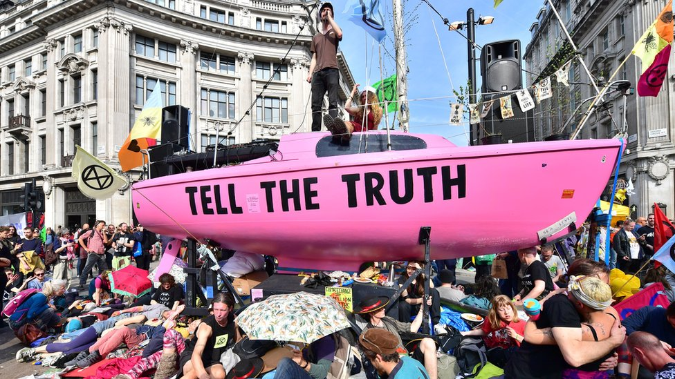 Top ten ideas: How might ministers win over climate protesters?