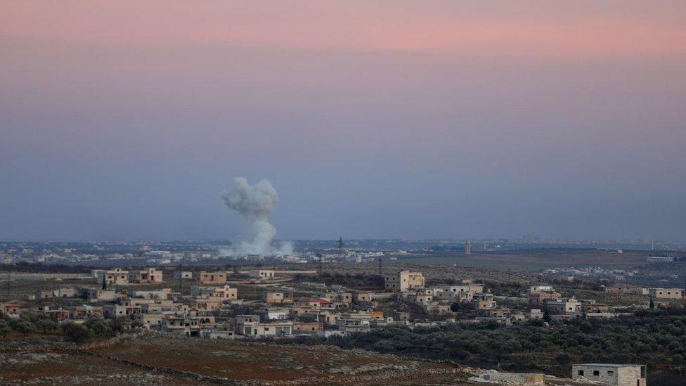 Maarat El Numan'dan dumanlar yükseliyor (26 Ocak 2020)