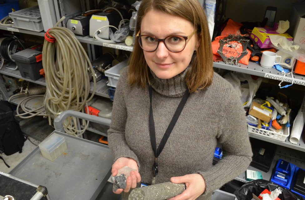 Sandra O. Snæbjörnsdóttir, geóloga en CarbFix