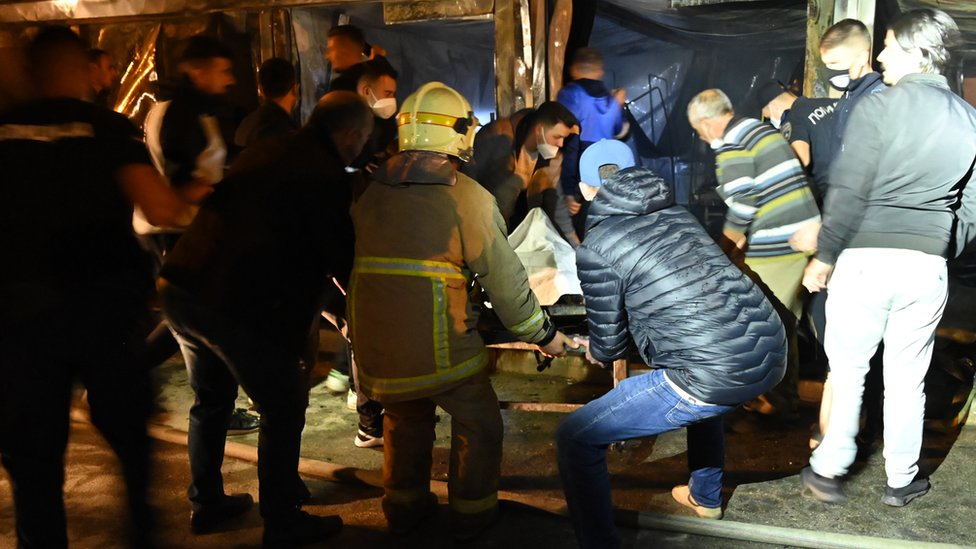 Multiple casualties were reported by the Ministry of Health when a fire, thought to have been triggered by oxygen cylinders for patients with a more severe clinical case of Covid-19, broke at a hospital in Tetovo, North Macedonia