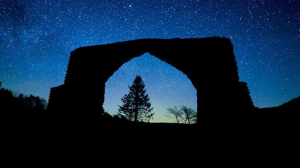 A photograph of the night sky from the B4574 between Devil's Bridge and Cwmystwyth