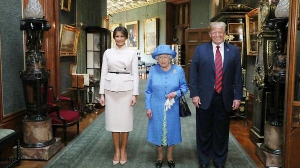 ترامب وميلانيا والملكة اليزابيت