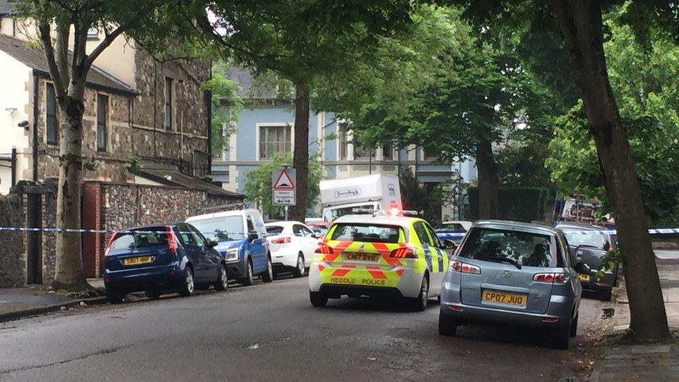 Murder investigation after man, 39, dies in Cardiff