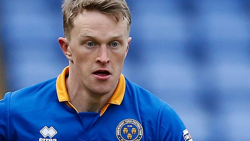 Luke Hendrie: Grimsby Town sign Shrewsbury defender on loan until January