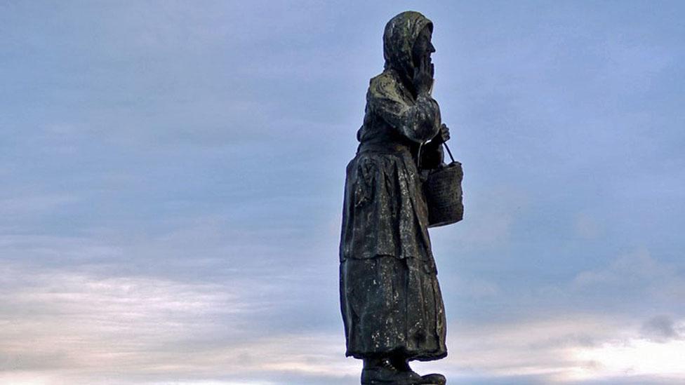 Dolly Peel statue