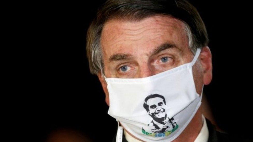 巴西總統博爾索納羅(Jair Bolsonaro)曾確診感染新型冠狀病毒。