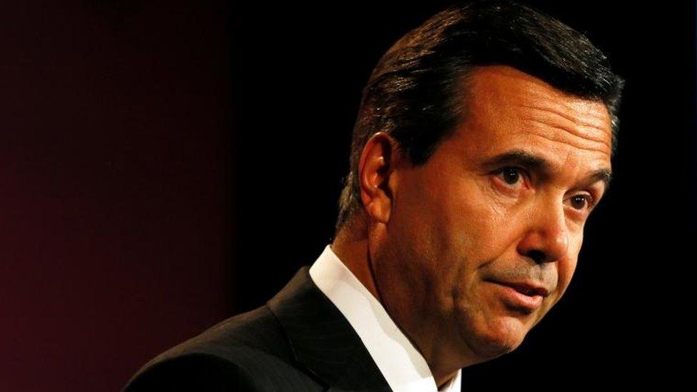 Lloyds boss Horta-Osorio gives up final salary pension perk