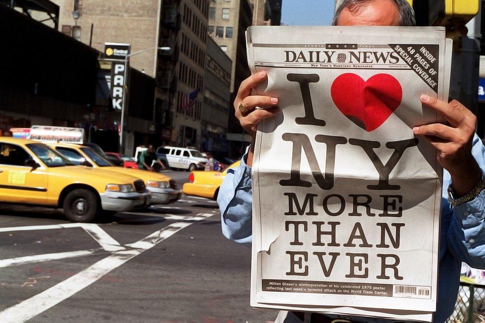 Nakon terorističkog napada 11. septembra, Glazer je objavio modifikovanu verziju logoa I ♥ NY MORE THAN EVER