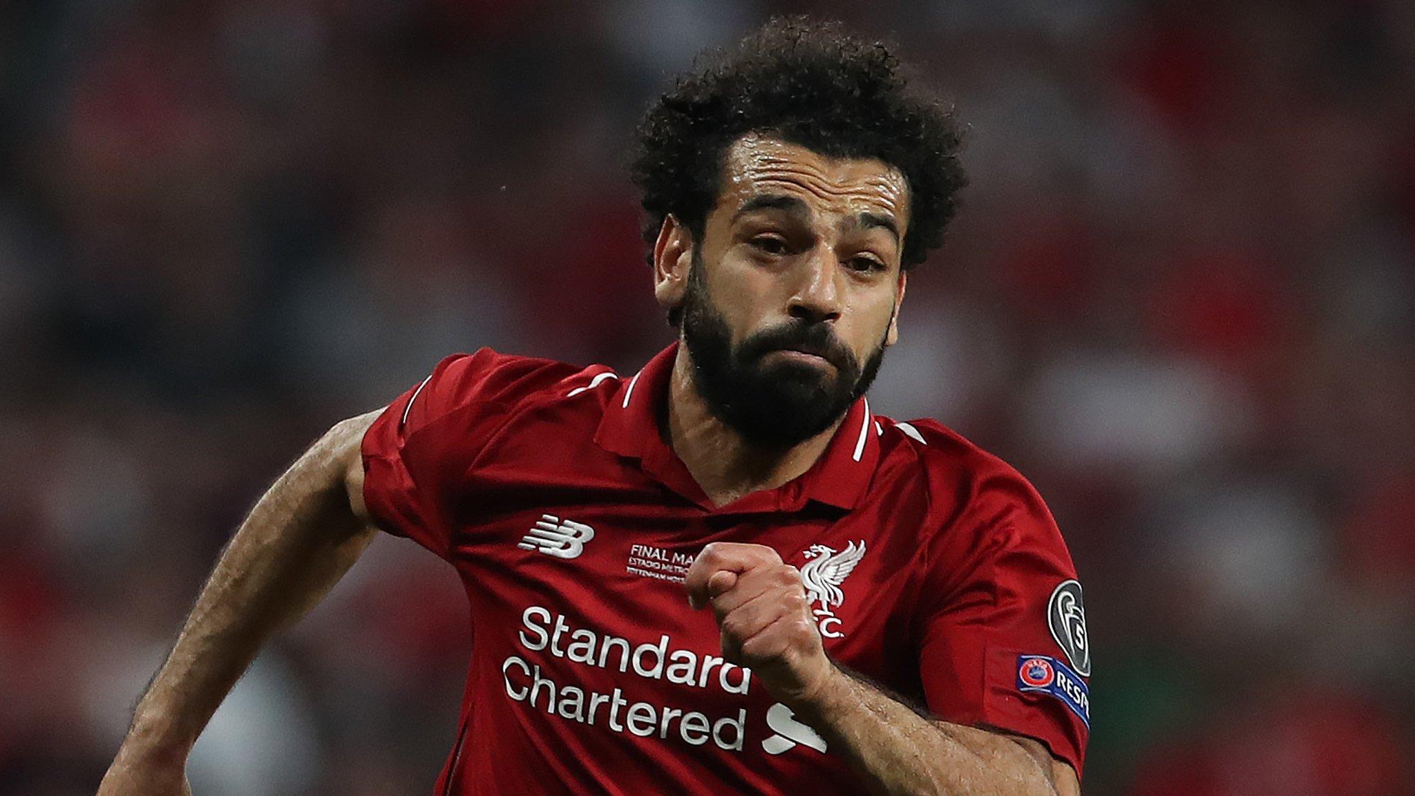 Mo Salah: Liverpool forward should join Barcelona, says Samuel Eto'o