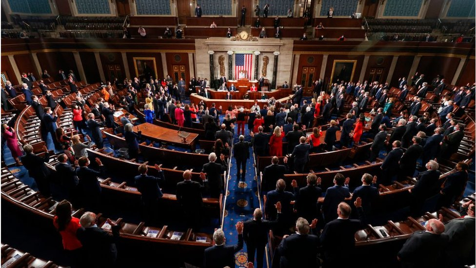 New Congress is sworn in on 3 January