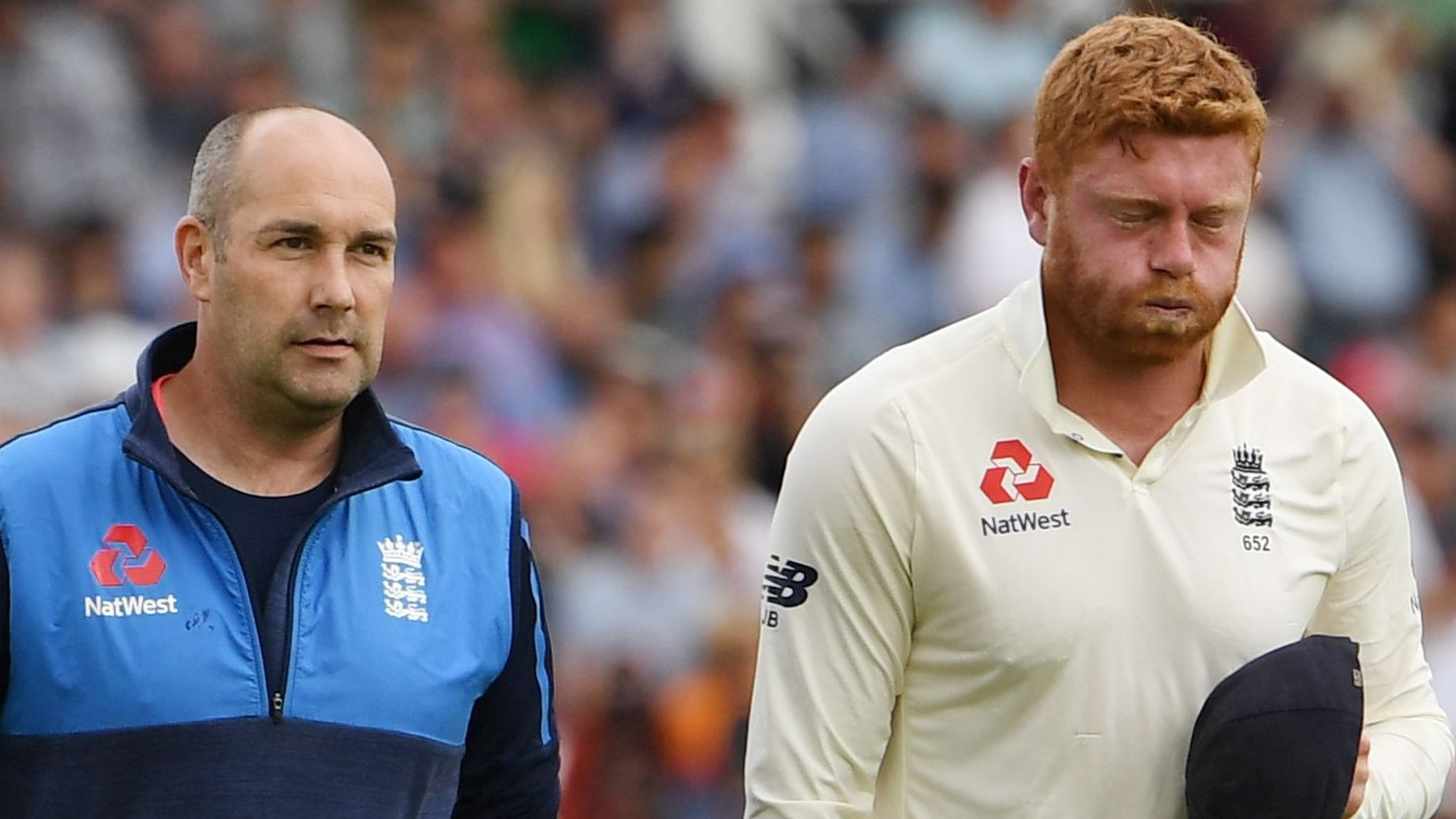 Bairstow 'hopeful' of being able to bat despite broken finger