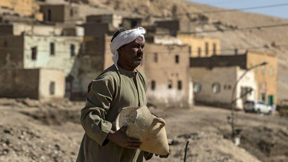 Excavación en Luxor