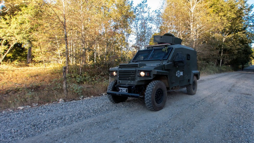 Camionetas policiales en macrozona sur
