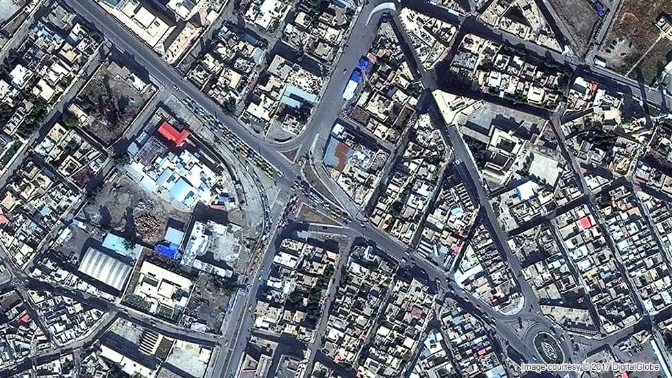 Satellite image of Mosul's Old City in November 2015
