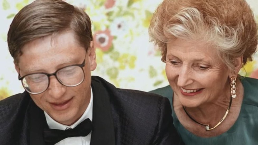 Bill Gates con su madre Mary Maxwell.