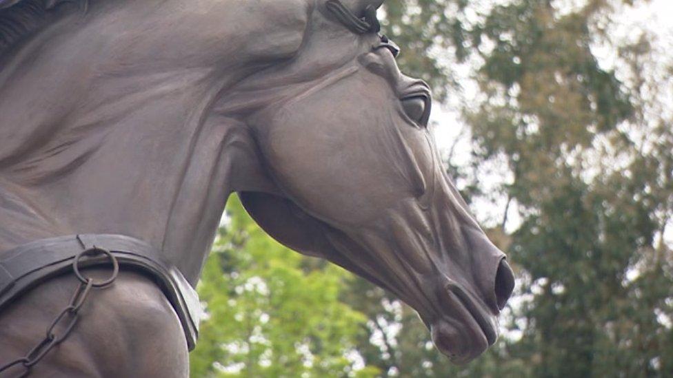 War horse statue unveiled at National Memorial Arboretum