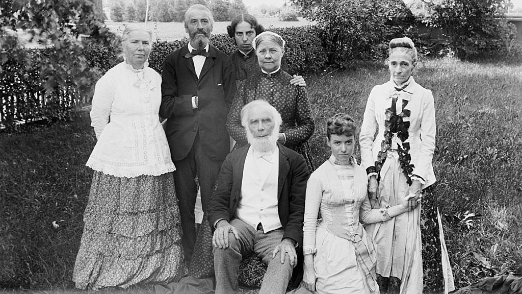 La doctora Elizabeth Blackwell con su familia.