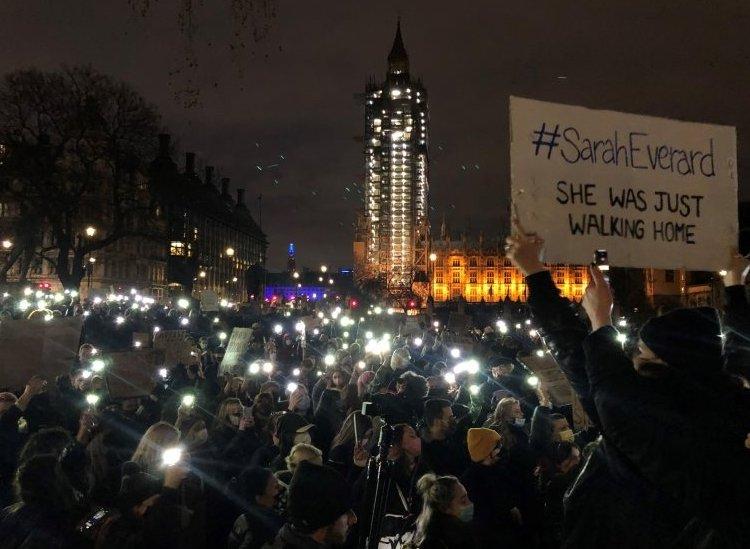 Vigilia en Londres por Sarah Everard.