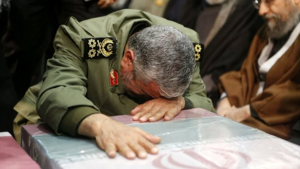 Esmail Ghaani weeps at the funeral Qasem Soleimani