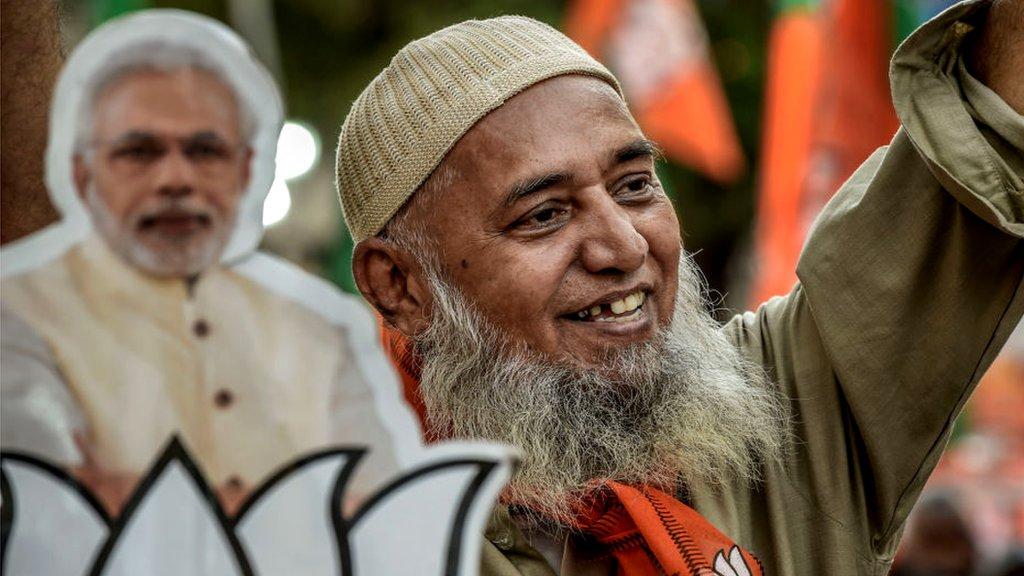 मोदी की जीत पर पाकिस्तान, यूके और अमरीका के फ़र्ज़ी वीडियो वायरल: फ़ैक्ट चेक