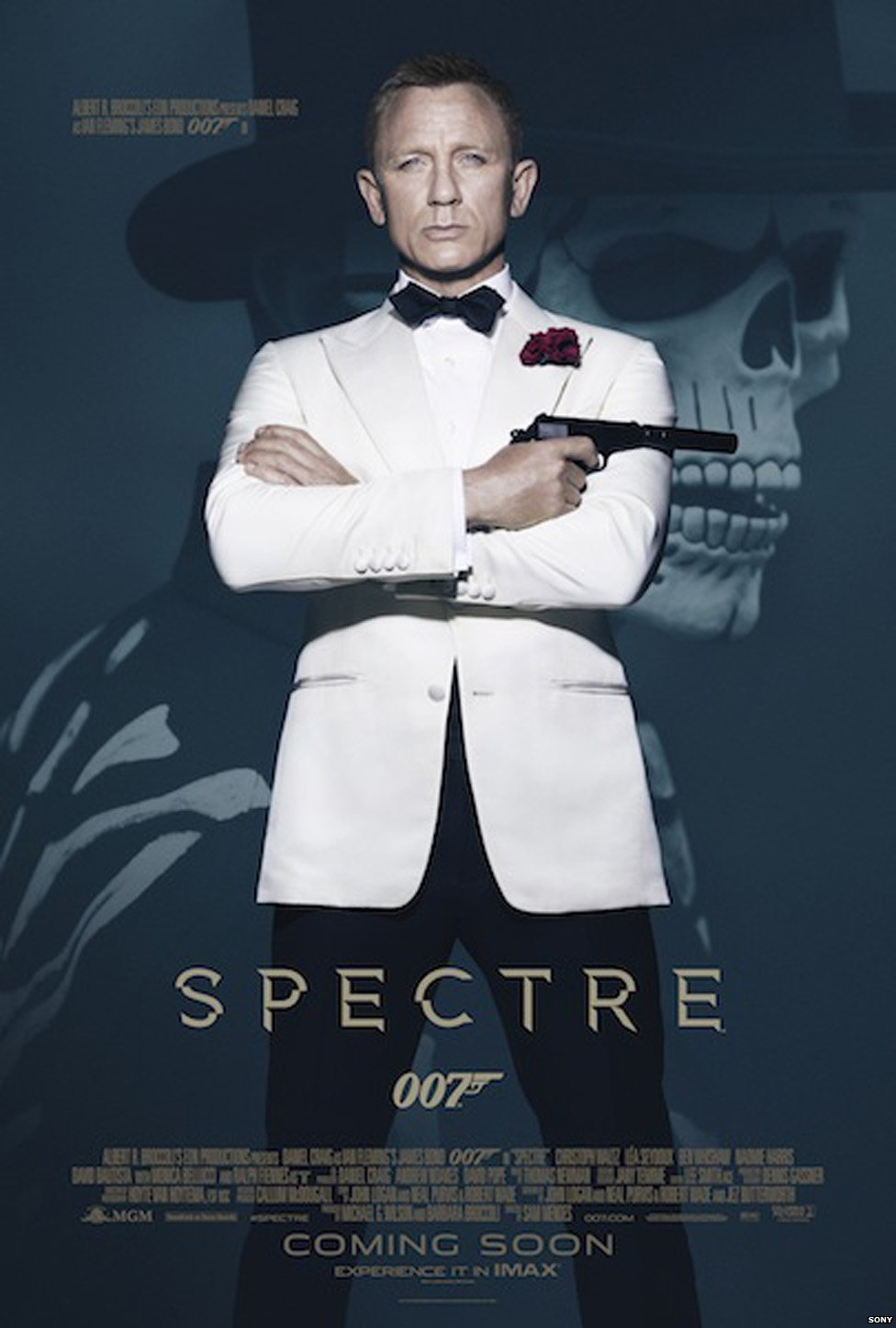 Daniel Craig on the official Spectre poster