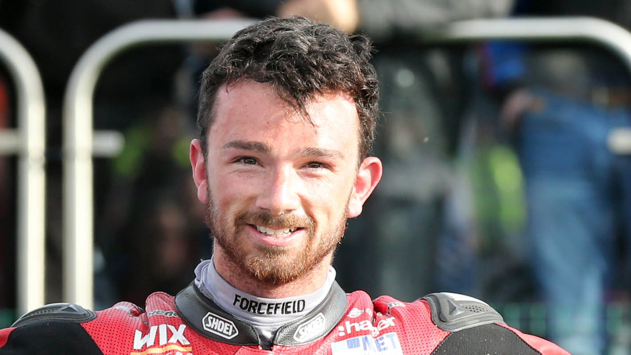 British Superbikes: Glenn Irwin runner-up in race one at Snetterton