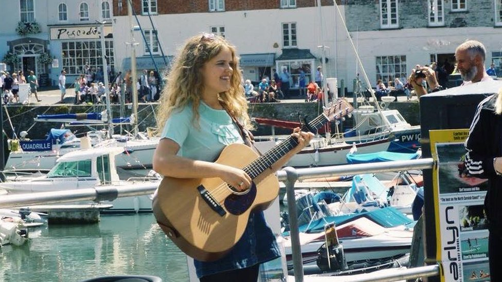 Daisy busking in Padstow