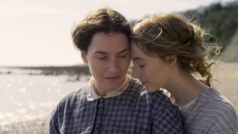 Kate Winslet (left) and Saoirse Ronan play Mary Anning and geologist Charlotte Murchison