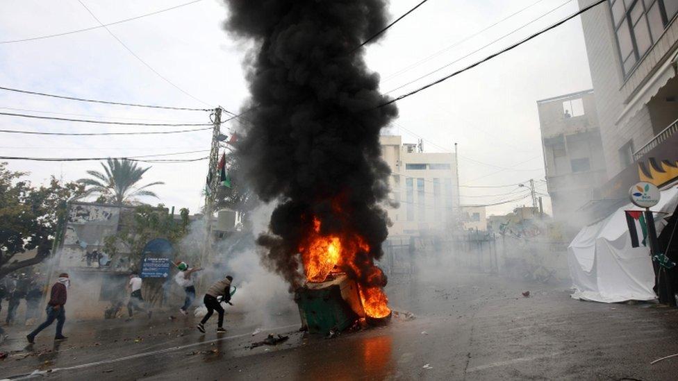 Fire set near the US embassy compound