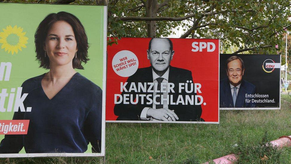 В Германии - первые с начала века выборы без Меркель
