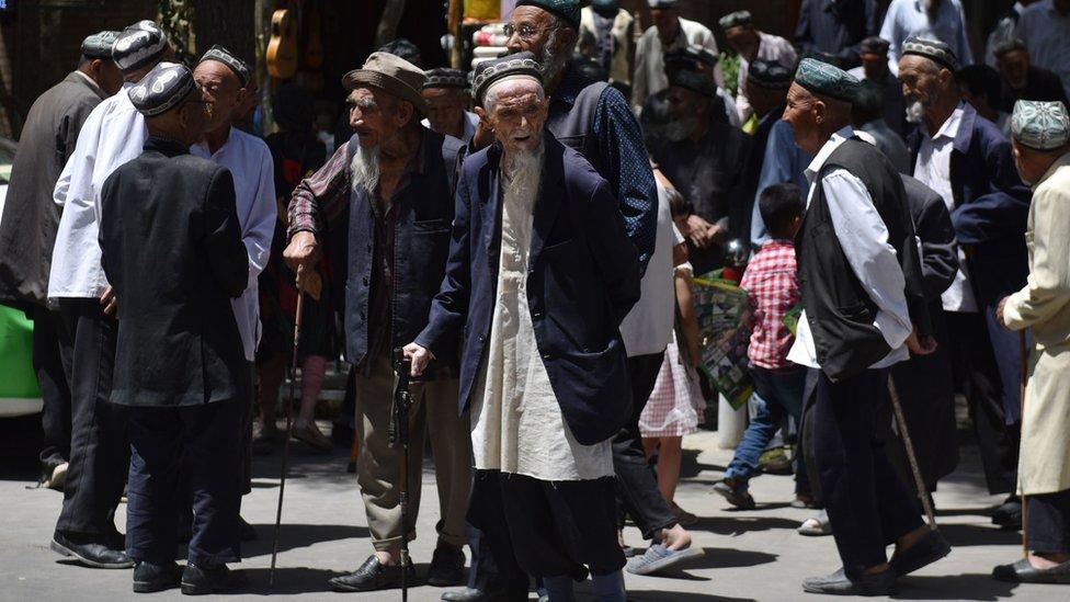 مسلمو الإيغور يمثلون أغلبية الأقليات في شينجيانغ