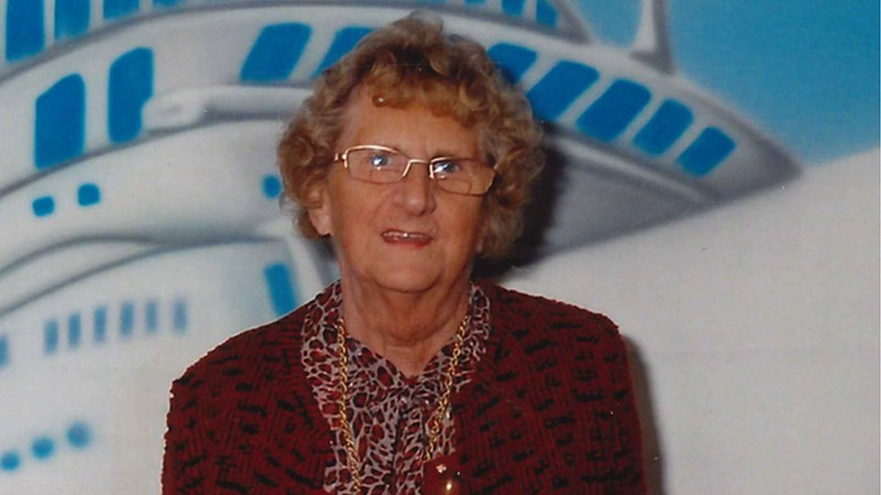 Arrest after woman, 84, dies following Woking robbery