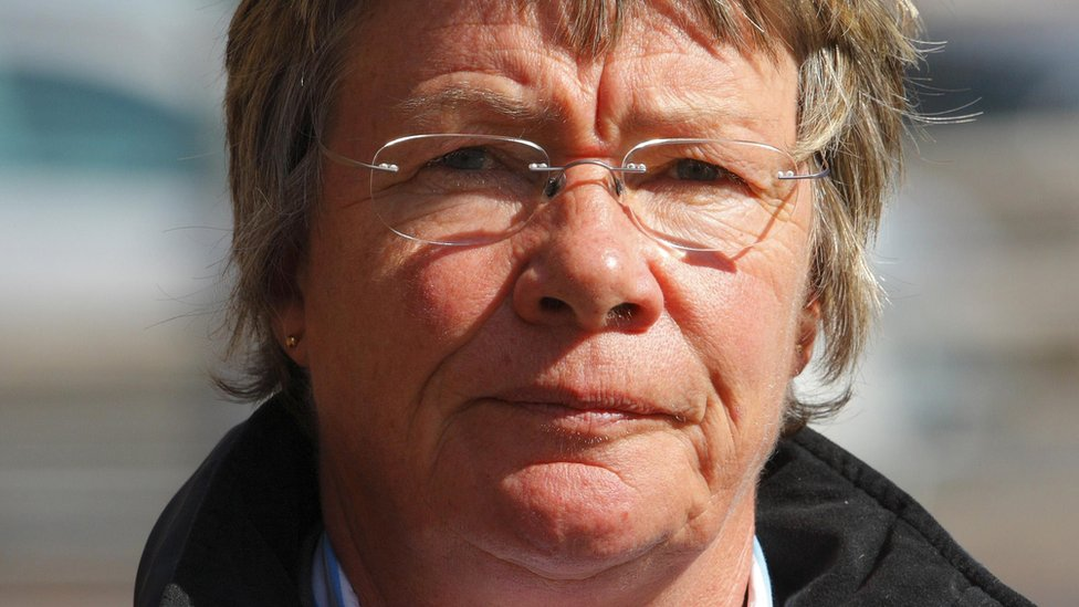 Gosport hospital deaths: Who is Dr Jane Barton?
