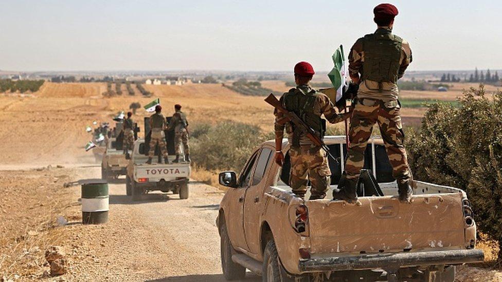 """يتلقى ما يسمى بـ """"الجيش الوطني السوري"""" الدعم المالي والعسكري من تركيا"""