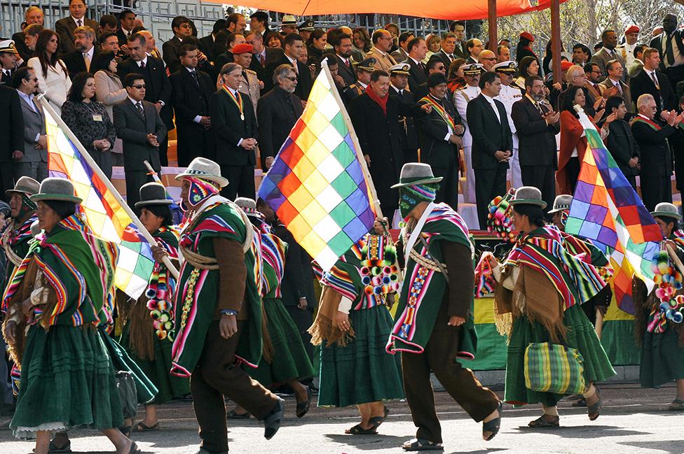 Evo Morales y otros presidentes latinoamericanos celebran el bicentenario de Bolivia en La Paz, en julio de 2009