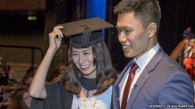 Marriage Proposal At Southampton University Graduation Ceremony Bbc News
