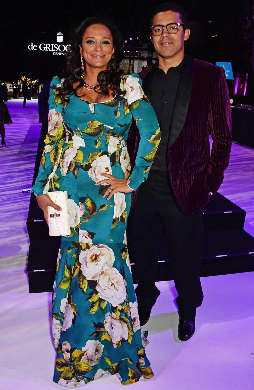 كانت إيزابيل دوس سانتوس وزوجها سينديكا دوكولو كثيرا ما يشاهدان في المهرجانات بصحبة النجوم العالميين
