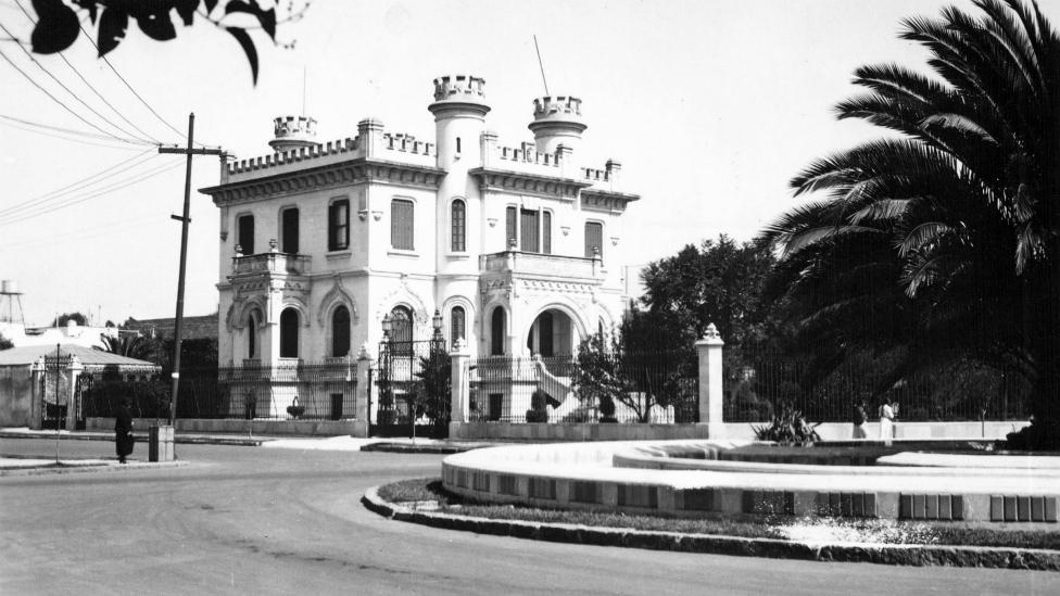 Palacete en el Parque España, situado entre las colonias de Roma y Condesa en Ciudad de México.