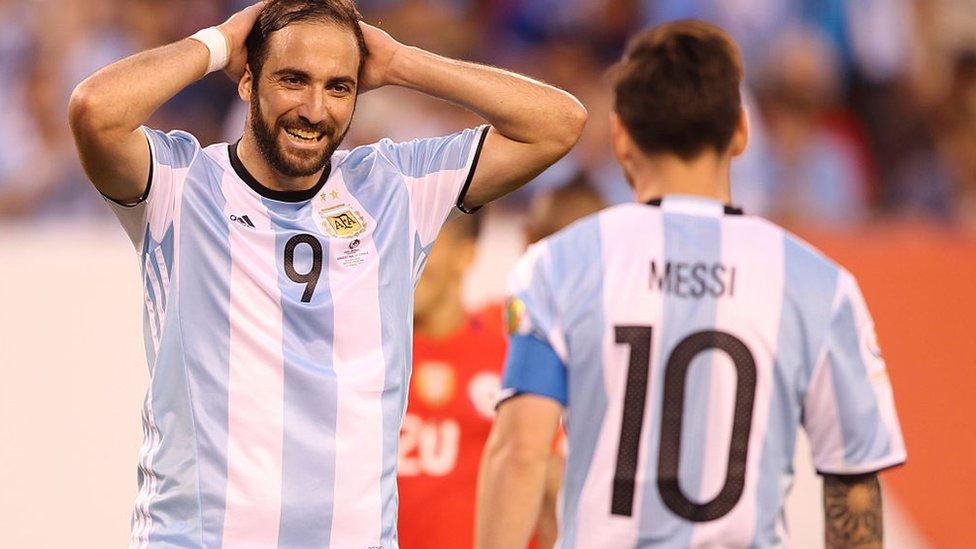 Gonzalo Higuaín y Lionel Messi