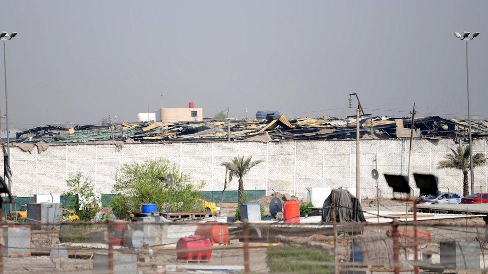 حظرت الحكومة العراقية تحليق الطيران العسكري غير المخول به في الأجواء العراقية عقب انفجار الـ 12 من آب / أغسطس