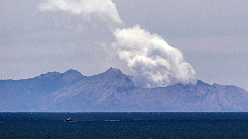 White Island volcano: NZ officials charge 13 parties over tragedy thumbnail