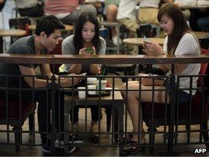 Lookig at smartphones