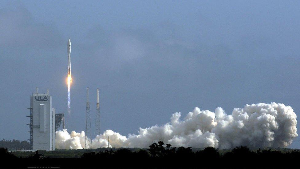 الصاروخ أطلس 5 خلال إطلاقه